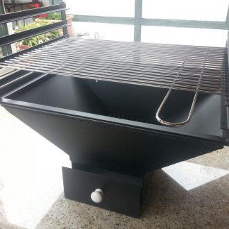 Mélytűztér grillrács állvánnyal, grillráccsal